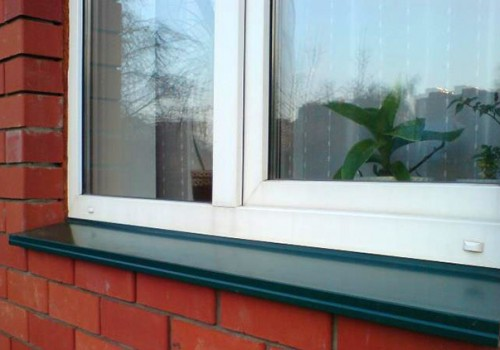 Как установить отлив на окно из кирпича своими руками