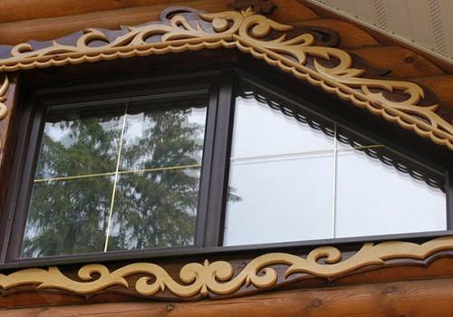 Нестандартные наличники и узоры на окна